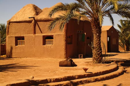 Atmosphere of desert, Mhamid El Ghizlane - Bed & Breakfast