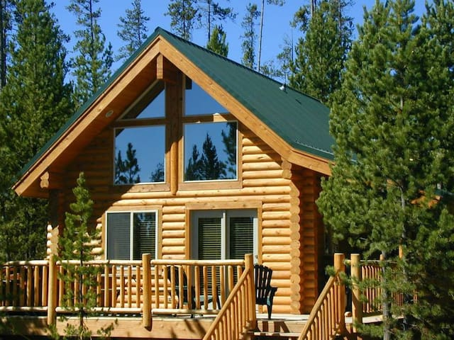 Two Bed One Bath Log Cabin