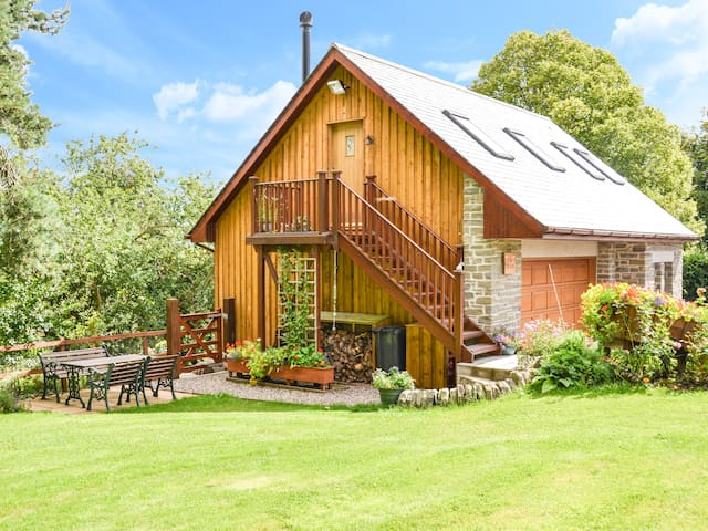 THE PIGGERY BELLEVUE, country holiday cottage in Arbroath, Ref 947372