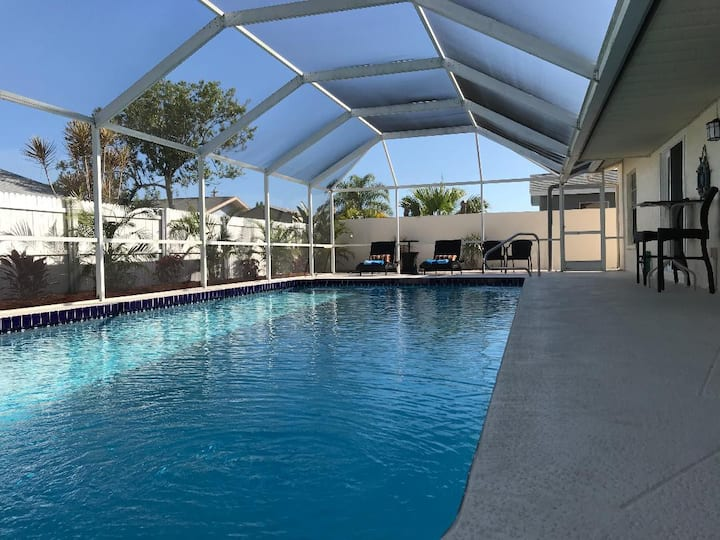 Sunshine Oasis with heated pool