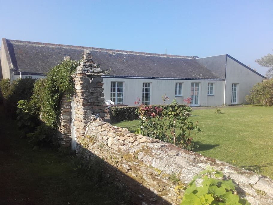 Maison grand jardin clos presqu 39 le 100m plage maisons louer damgan bretagne france - Location maison jardin ile de france colombes ...