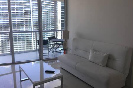 Icon Brickell 1bdrm/1bath, terrace! - Miami - Flat