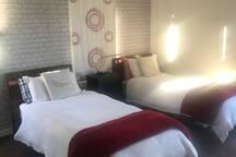 Bedroom 3 (2 singles)
