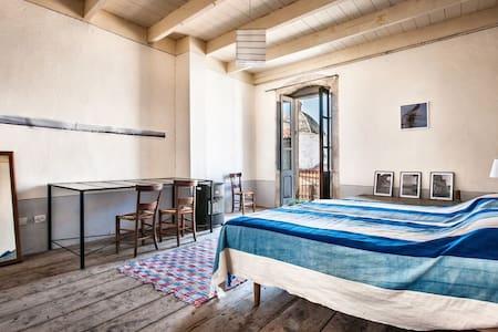 Sardaigne,côte ouest, maison de charme avec vue. - Cuglieri