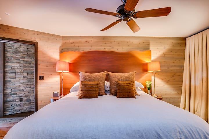 La Colibri Rouge Luxury Master Suite Three