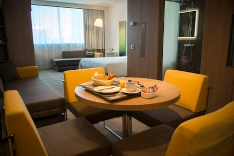 FULL MOON | Exclusive Room & Free Parking | Sofia