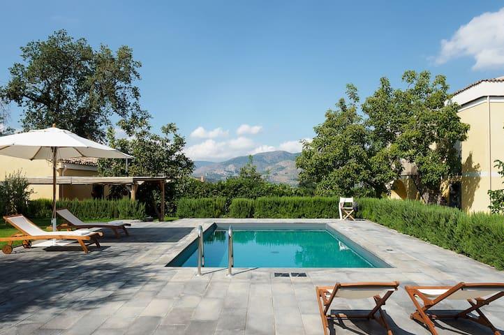 Villa Ravenna - 6 Guests