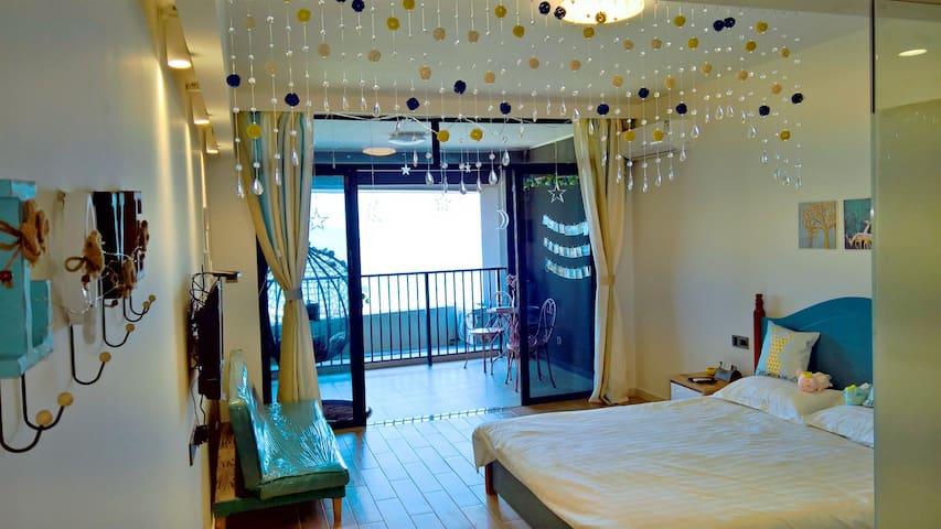 保利金町湾地中海风蓝白系全海景公寓,您美丽的海上之家
