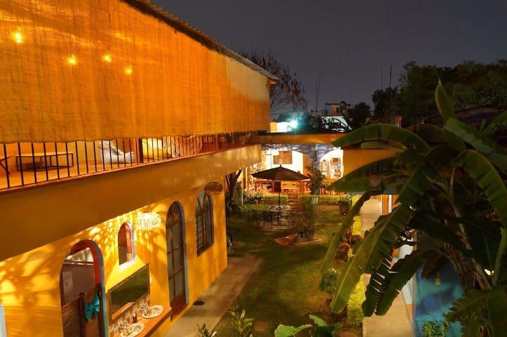 """""""Azul Cielo Hostel"""" - Oaxaca - Bed & Breakfast"""