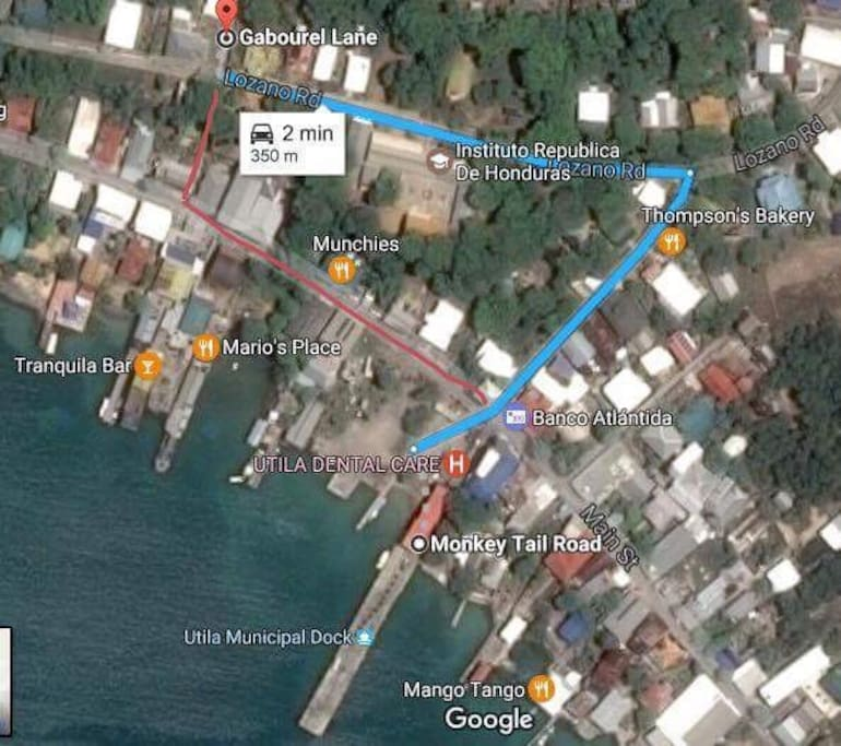 Great Location Quiet Area.but in the heart of Utila only 2 minutes  to the main road with all the shops and restaurants.