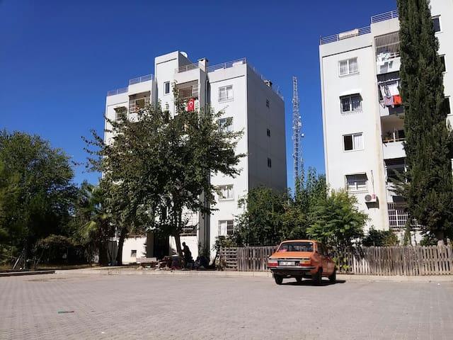 AFETEVLERİ/YÜREĞİR DE KİRALIK DAİRE - Yüreğir - Appartement