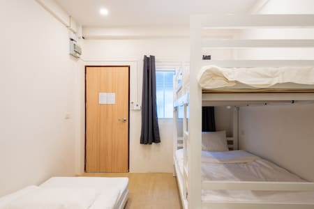 BED ROOM - Bunk bed with single bed