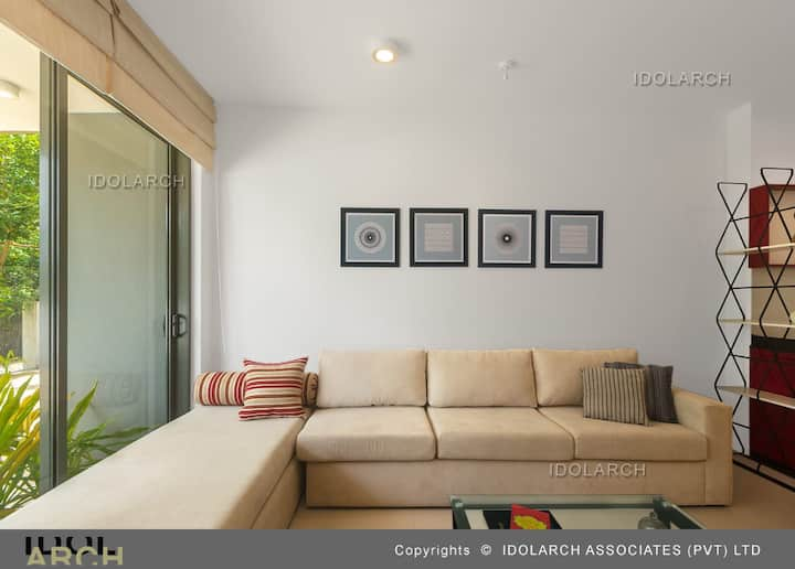 """LAKEVIEW RAJAGIRIYA"" fully furnitured apartments."