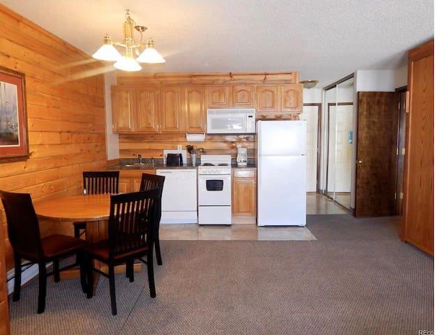 Kitchen Studio/Granby Ranch near Winter Park &RMNP