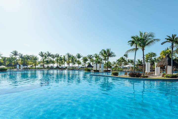 The 4 Bedroom Residence Riviera Maya