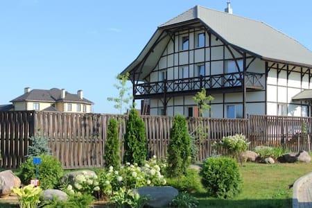 Комфортный дом на берегу водохранилища , - Mytishchinsky District