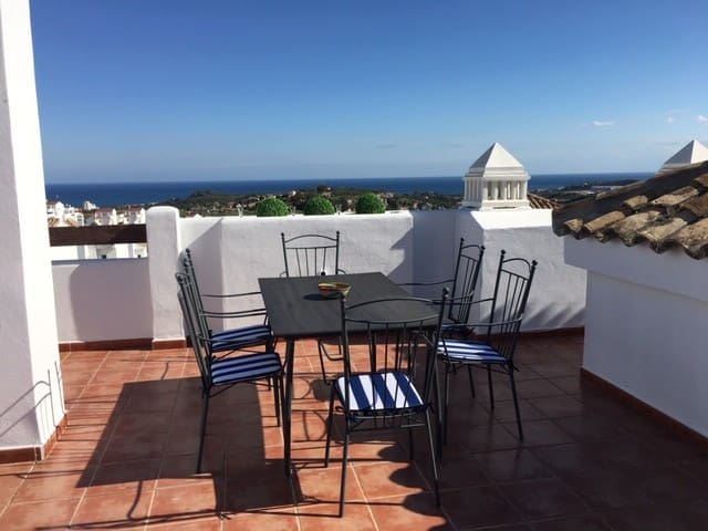 Outstanding penthouse in Estepona