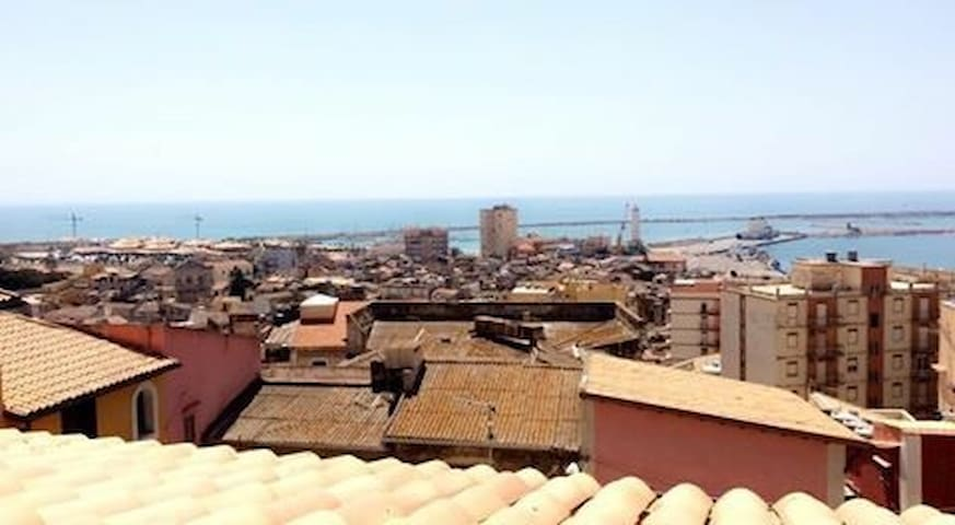 Appartamento in un tipico cortile siciliano