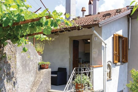 Holiday apartment with 1 bedroom on 40m² in Bagni di Lucca LU
