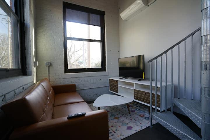 @Hudson Park 53 - Luxury Serviced Lofted Apartment