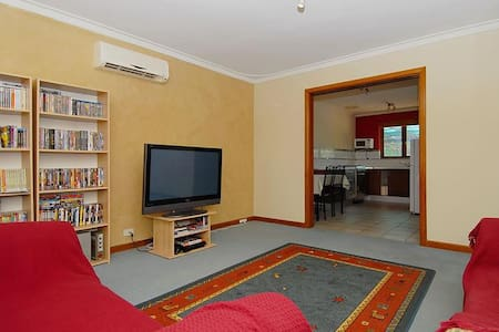 Convenient Family Home - Balga