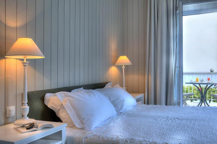 Classic Double Room - Sea View