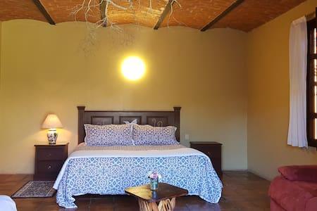 Santa Lucia Hotel Boutique-Family Room(2Ad+2niñ)