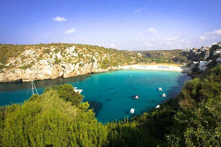 Cala n porter (5 min walking from apartment)