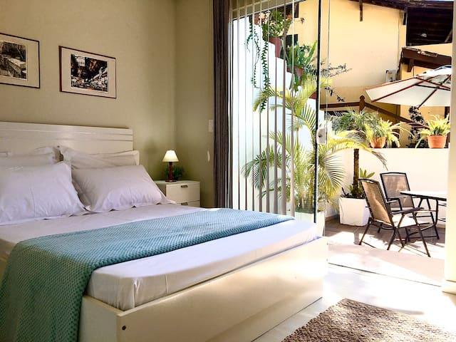 "Casa ""clean"", super confortável! 397m da praia!!"