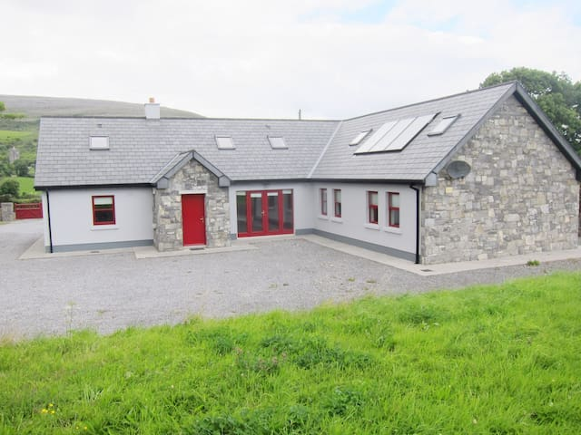 Luxurious original Vaughan Cottage of Ballyvaughan - Rent an Irish Cottage