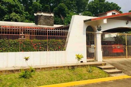 """Casa de Nana """"Adelita"""""""