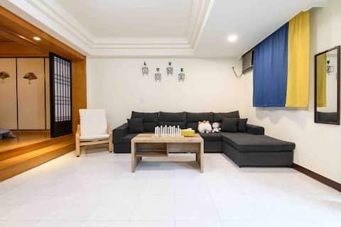 บ้านใหม่ตกแต่งใหม่ห้องนั่งเล่นใหญ่สุดๆ 3 ห้องใหญ่ 5 นาทีบีทีเอส 1 ป้ายริวชานจิ 2 ป้ายไซมอน 3 ป้ายสถานีไทเป