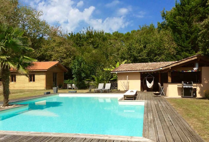 Cottage avec piscine+pool house / 17km de Bordeaux