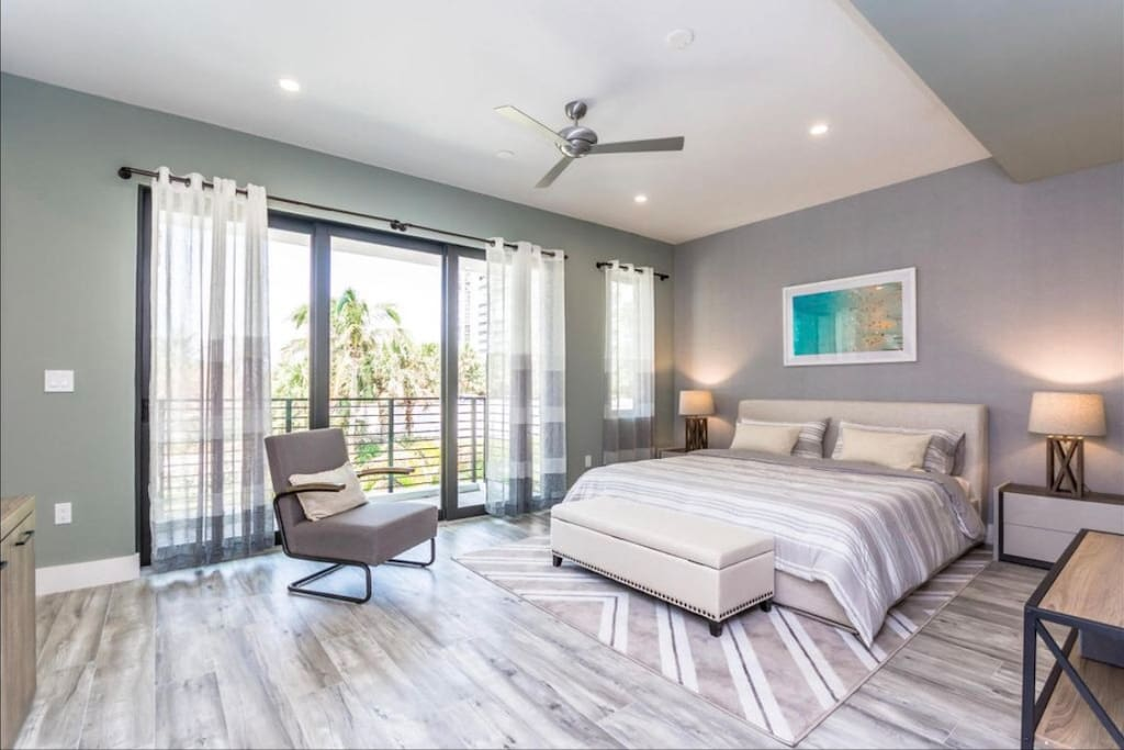 Master suit with the garden views has a king size bed with a memory foam mattress.