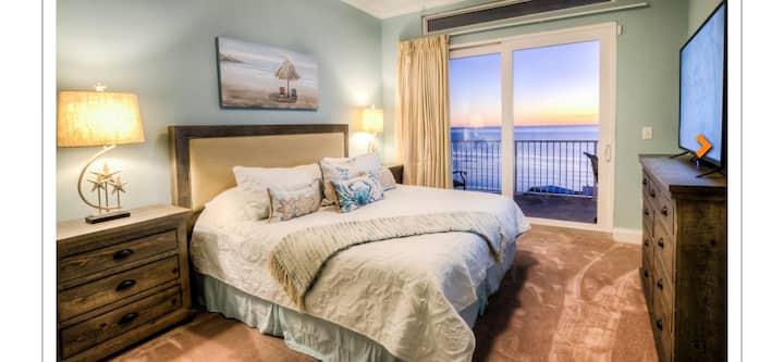 Beach view penthouse.  Elite class
