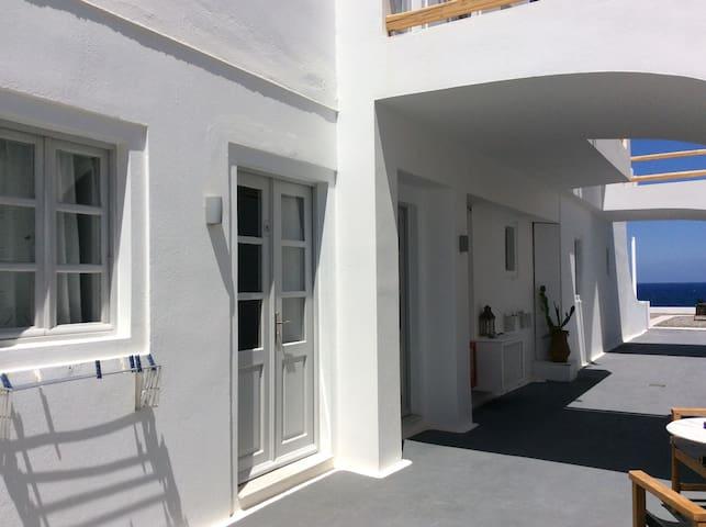 Almyra Superior Studio