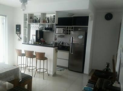 Apartamento aconchegante, moderno e bem localizado - Goiânia