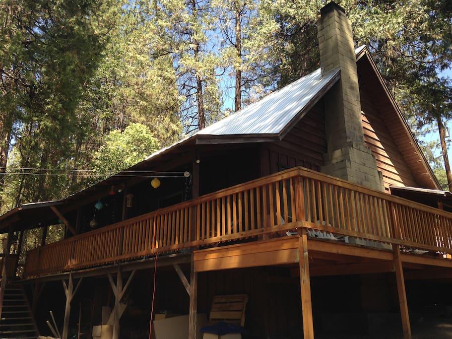 Cedar valley cabin near yosemite cabins for rent in for Cabins in yosemite valley