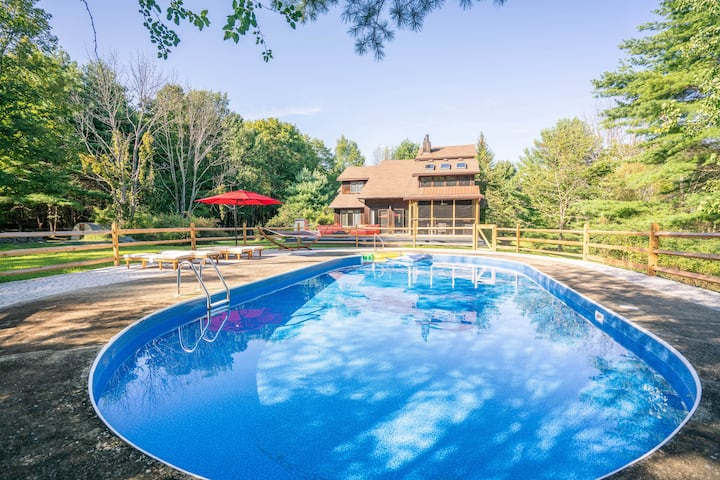 Olivebridge Oasis: Secluded with Pool