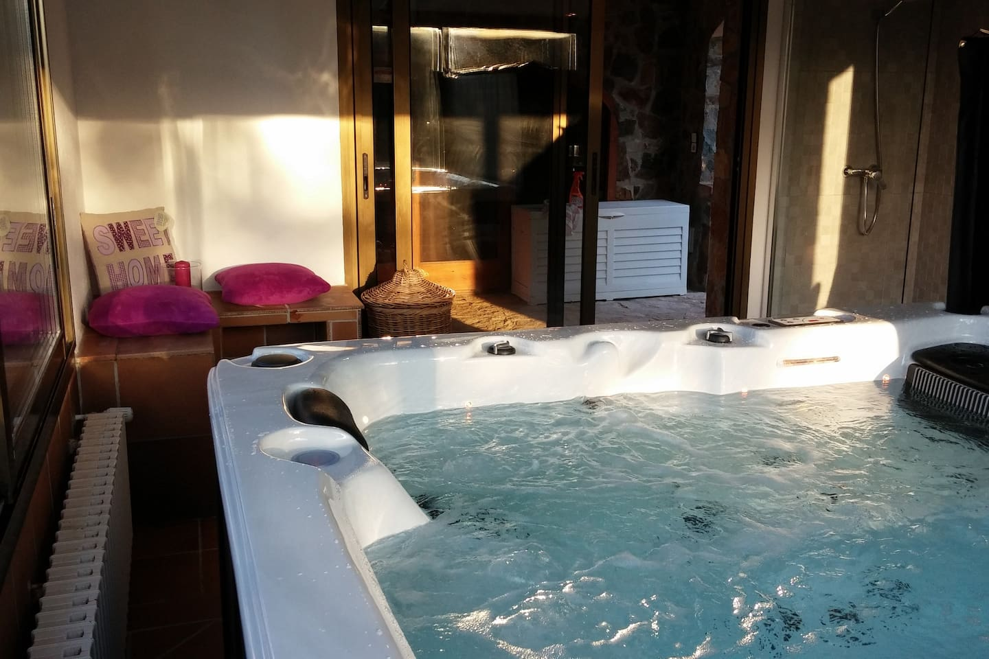Villa Lyon with swimming pool & indoor whirlpool - Villas for Rent ...