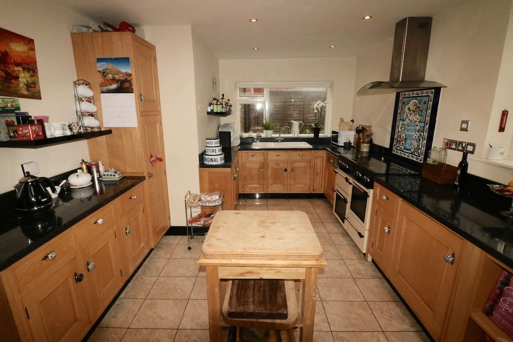 Spacious and well equipped kitchen.