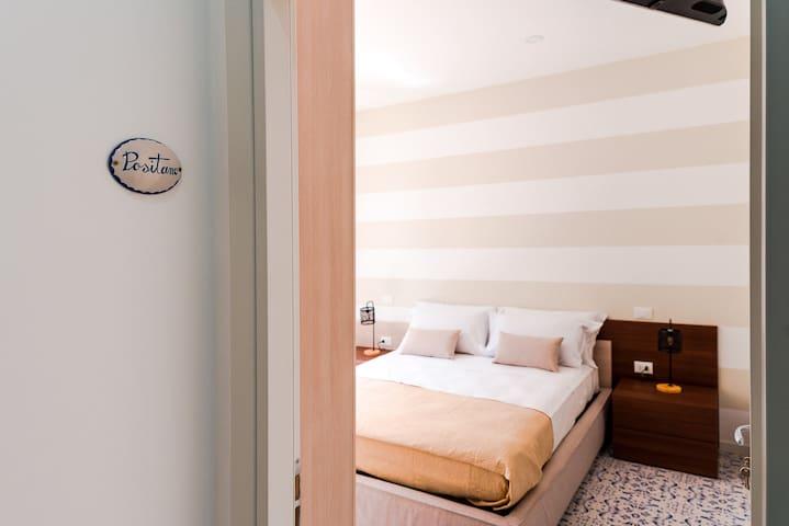 Luxury Napolitano POSITANO room