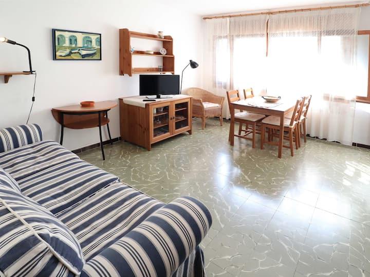 RISVALL- Apartament 4 pax bé situat amb pàrquing F42036