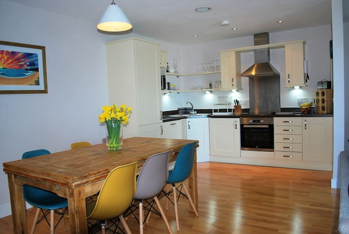 Apartment located just off Fistral Beach