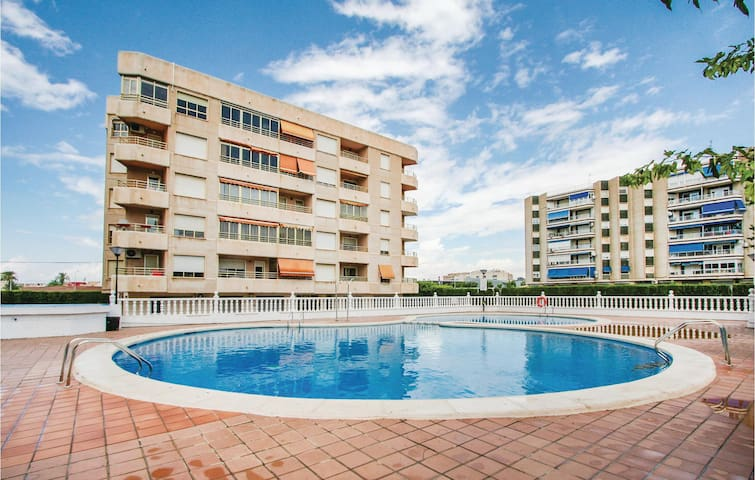 Holiday apartment with 2 bedrooms on 56m² in Santa Pola