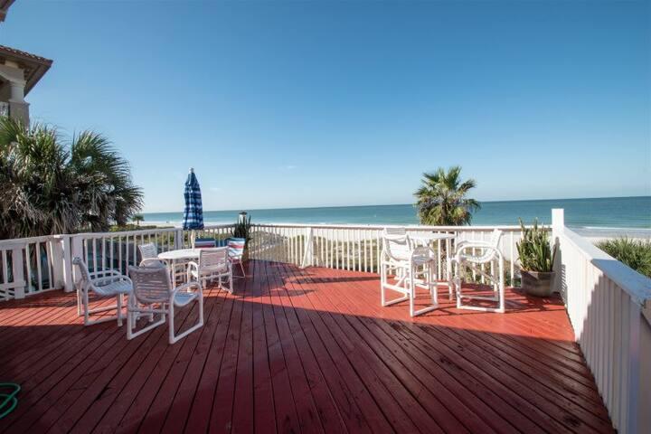 Beachfront Views/Privacy/Free Amenities/Updated