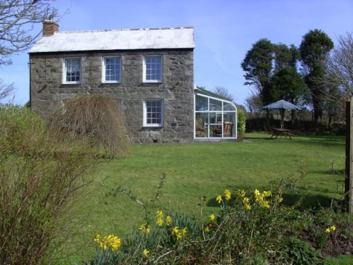 Mount Earl a cosy cottage near Coverack