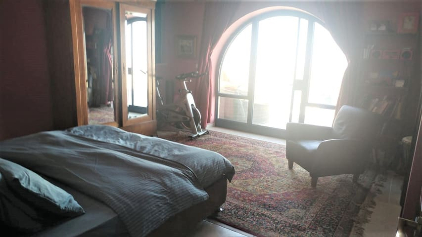Master Bedroom with spectacular views (and 1-way glass).  Spectacular sunrise views from the bed!