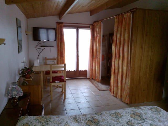 Chambre à part sur les falaises - Octeville-sur-Mer - House