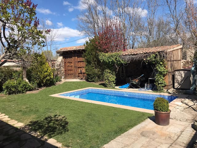 Cozy Country House:private pool, garden, Bbq  Wifi